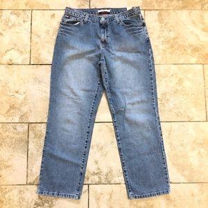Tommy Hilfiger Boyfriend Jean size 10